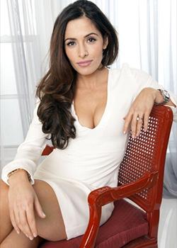 Sarah Shahi as Nadashe Nohamapetan
