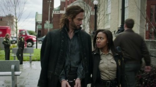 Sleepy Hollow episode screenshot